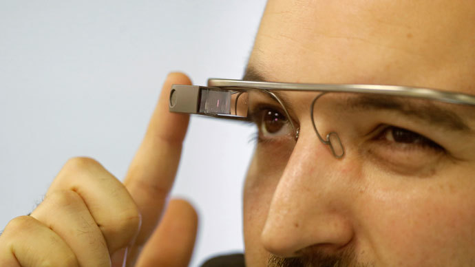 Google Glass moviegoer detained for hours on suspicion of piracy