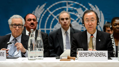UN Secretary General Ban Ki-Moon (R) looks on alongside UN-Arab League envoy for Syria Lakhdar Brahimi (L) during the so-called Geneva II peace talks dedicated to the ongoing conflict in Syria, on January 22, 2014, in Montreux.(AFP Photo / Fabrice Coffrini)
