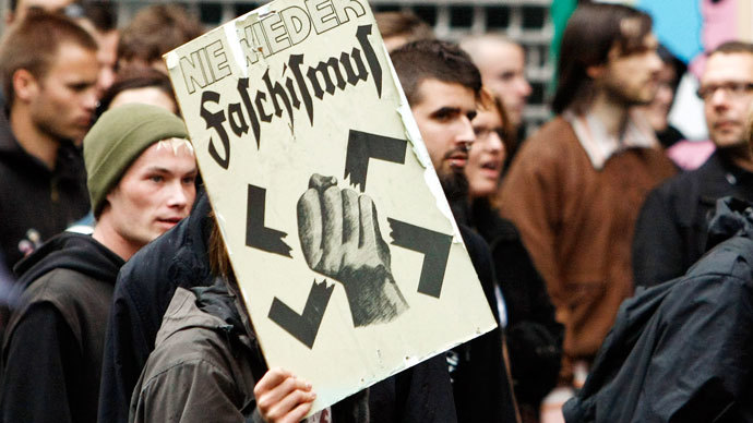 Munich protesters slapped with €200 fine for blocking neo-Nazi march