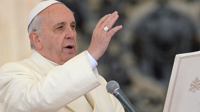 'The internet is a gift from God' - Pope Francis