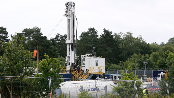 A drilling rig is seen at a site run by Cuadrilla Resources, near Balcombe in southern England (Reuters / Stefan Wermuth)