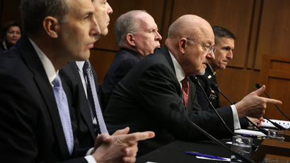 (L-R) National Counterterrorism Center Director Matthew Olsen, FBI Director James Comey, Director of National Intelligence James Clapper, CIA Director John Brennan, Defense Intelligence Agency Director Lt. Gen. Michael Flynn testify during a hearing before Senate (Select) Intelligence Committee January 29, 2014 (Alex Wong / Getty Images / AFP)