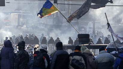 Fresh riots in Kiev, violent clashes, tires burn downtown (PHOTOS, VIDEO)