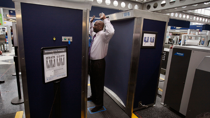 A full-body scanner at O'Hare International Airport (AFP Photo / Scott Olson)