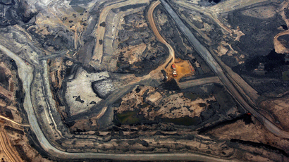 The Syncrude tar sands mine north of Fort McMurray, Alberta (Reuters / Todd Korol)