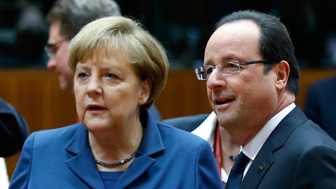 Germany's Chancellor Angela Merkel and France's President Francois Hollande (R) (Reuters / Francois Lenoir)