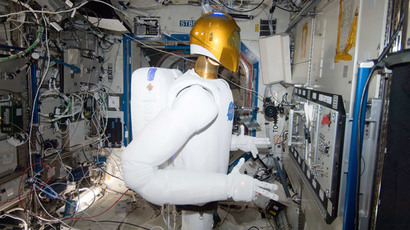 Robonaut 2 is shown in the International Space Station's Destiny laboratory during a round of testing for the first humanoid robot in space, as seen in this January 2, 2013.(Reuters / NASA)