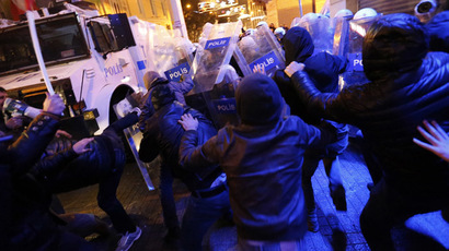 Anti-government protesters clash with riot police during a demonstration in Istanbul March 11, 2014. (Reuters)