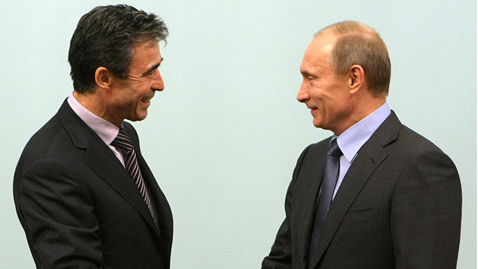 But do they trust each other? NATO Secretary-General Anders Fogh Rasmussen (L) and Russian President Vladimir Putin meet in Moscow, December 16, 2009 (Reuters / Alexey Nikolsky)