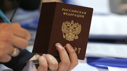 Kremlin, Rights advocates support place of birth principle for citizenship
