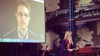 Installation of Edward Snowden as University of Glasgow Rector (Image from facebook.com/glasgowuniversity)