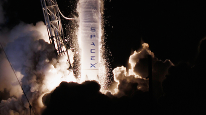 A SpaceX Falcon 9 rocket attached to the cargo-only capsule called Dragon lifts off from the launch pad (AFP Photo / Getty Images / Joe Raedle)