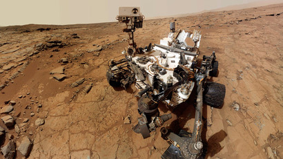 Curiosity rover marks its first Martian year with selfie