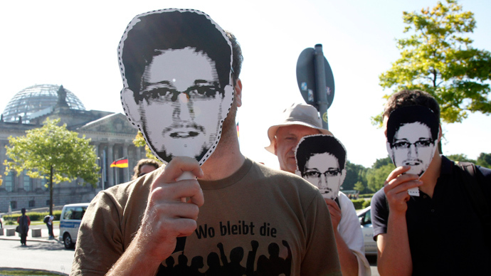 Germany's spy agency 'in bed' with US – Snowden on Berlin's inhospitality