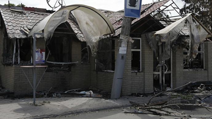 Shells hit hospital as Ukrainian army resumes strike on Slavyansk