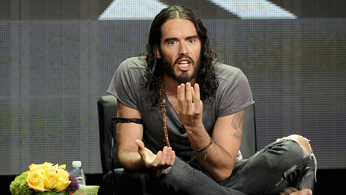 Russell Brand: 'Fanatical, terrorist, propagandist' Fox News is 'more dangerous than ISIS' (VIDEO)