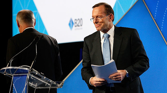 Australian Prime Minister Tony Abbott delivers his keynote speech during the B20 Summit  in Sydney on July 17, 2014. (AFP Photo / Lisa Maree Williams)