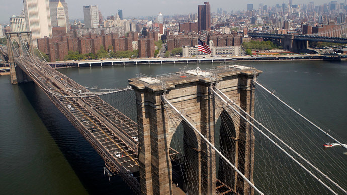 NYPD baffled by white flags placed atop Brooklyn Bridge