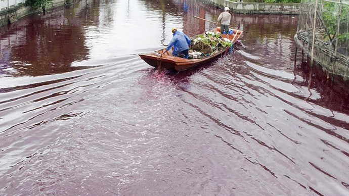 River in China mysteriously turns red overnight