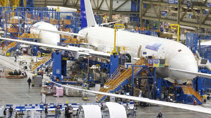 Dobrolet makes 16 plane deal with Boeing