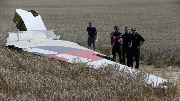 Kiev ends ceasefire at MH17 crash site