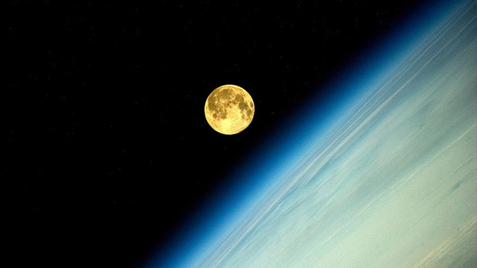 Brightest in 20 years: Spectacular ISS pics of Sunday's supermoon