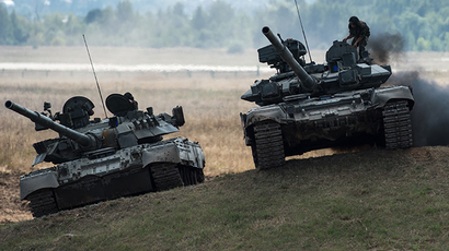 T-90 and T-80 tanks (RIA Novosti / Ramil Sitdikov)