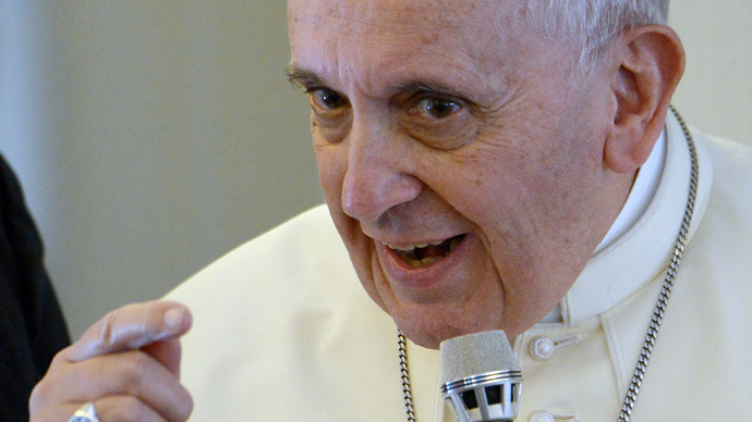 Pope Francis says 'unjust aggressor' ISIS must be stopped, rejects new Iraq 'conquest'