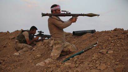 Peshmerga fighter guard a position on front line of fighting with Islamic State (IS) militants 20 kilometres east of Mosul, on August 18, 2014. (AFP Photo /Ahmad Al-Rubaye)