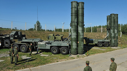 "Launchers for the anti-aircraft missile S-400 ""Triumph"" system complex (RIA Novosti / Artem Zhitenev)"