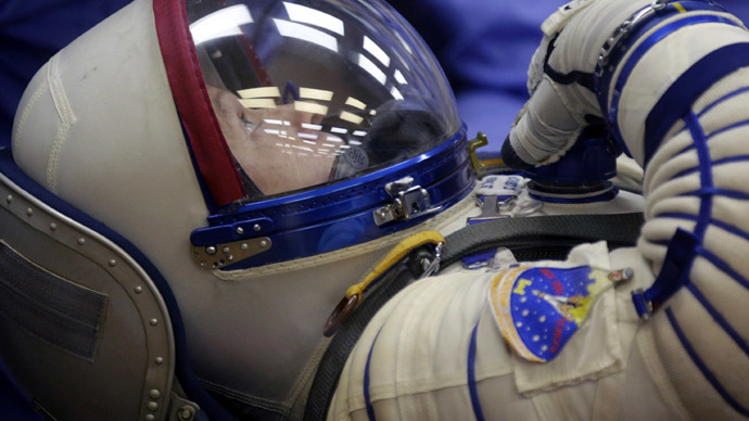 Long-term spaceflights challenged as harm to astronauts' health revealed