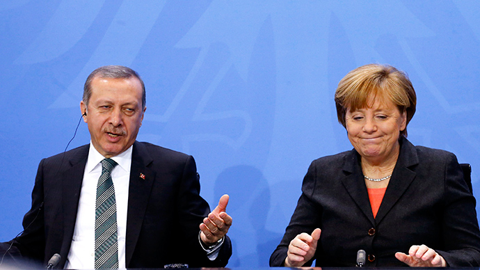 German Chancellor Angela Merkel and Turkey's Prime Minister Tayyip Erdogan (Reuters / Tobias Schwarz)