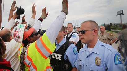 Police block demonstrators from gaining access to Interstate Highway 70 on September 10, 2014 near Ferguson, Missouri. (Scott Olson / Getty Images / AFP)