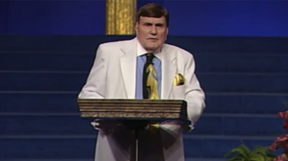 Ernest Angley (screenshot from youtube by Ernest Angley Ministries)