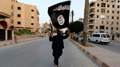 British jihadi brides shame Muslim men into joining ISIS