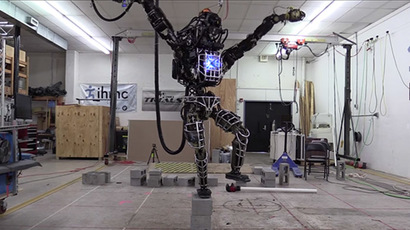 Google's new robo-dog stalks premises, withstands hard kicks (VIDEO)