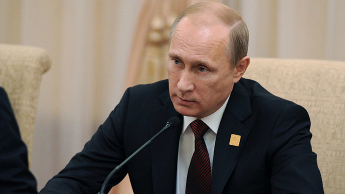 Putin urges tougher measures to counter extremism, color revolutions