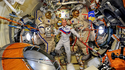 New international crew delivered safely to ISS