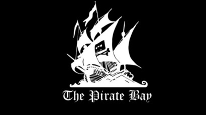 Swedish police raid 'downs Pirate Bay,' website back online