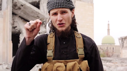 John Maguire (Screenshot from ISIS propaganda video)
