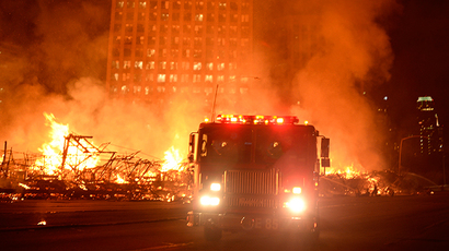 Los Angeles city firefighters battle a massive fire at a seven-story downtown apartment complex under construction in Los Angeles, California December 8, 2014 (Reuters / Gene Blevins)