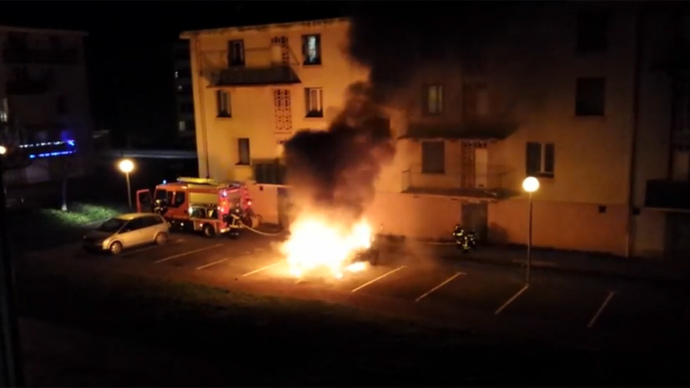 12% fewer cars torched in France on 2015 New Year eve (PHOTOS, VIDEO)