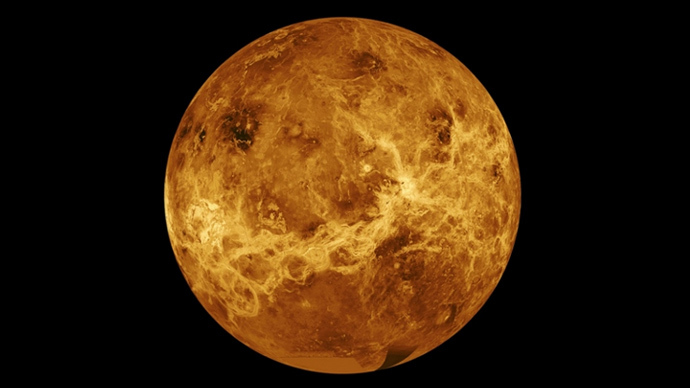 Venus once shrouded in oceans of liquid-like CO2 gas, study suggests
