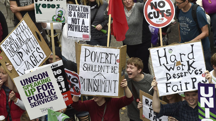 'Disgusting state of affairs': Calls to tackle 'poverty' pay