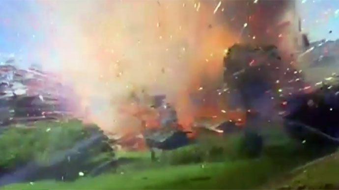 10 tons of fireworks explode at warehouse in Colombia (VIDEO)