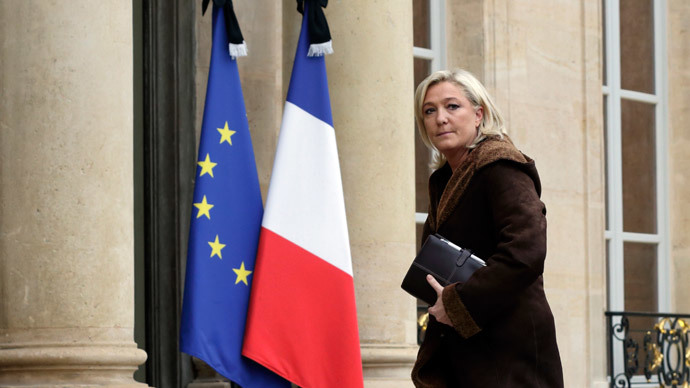 Marine Le Pen to Hollande: Suspend visa-free zone, strip terror suspects of French citizenship