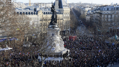 People gather on the Place de la Republique (Republic Square) in Paris (AFP Photo / Bertrand Guay)