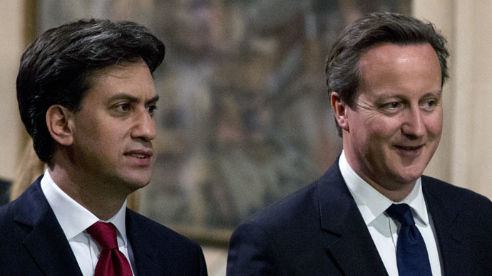 British Prime Minister David Cameron (R) and leader of the opposition Labour Party Ed Miliband (L) (AFP Photo)