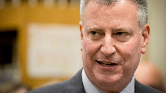 New York City mayor promises to veto NYPD chokehold ban