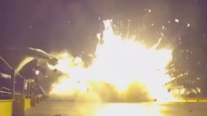 That was close: Crash landing of Falcon 9 rocket booster seen at arm's length (VIDEO)